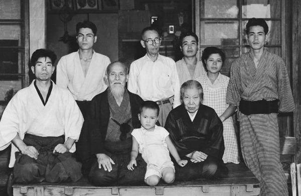Ueshiba Morihei - Family group
