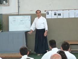 Spiegazioni del Maestro Tada durante il Kinorenma