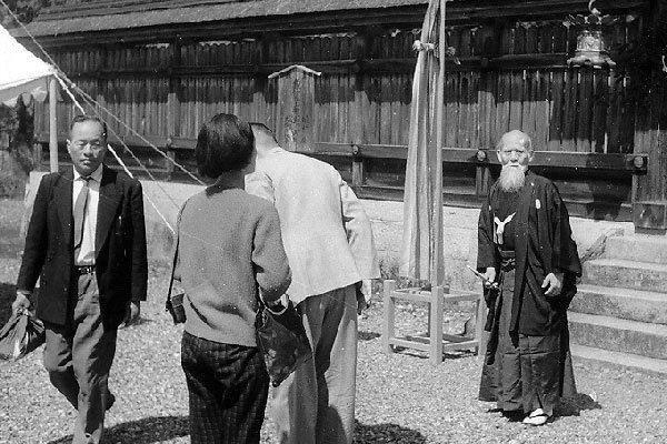 Ueshiba Morihei 38