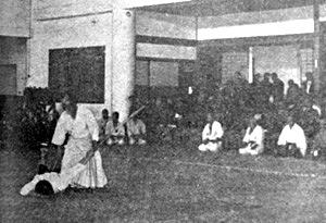 morihei-ueshiba-1942-shimbuden-demo