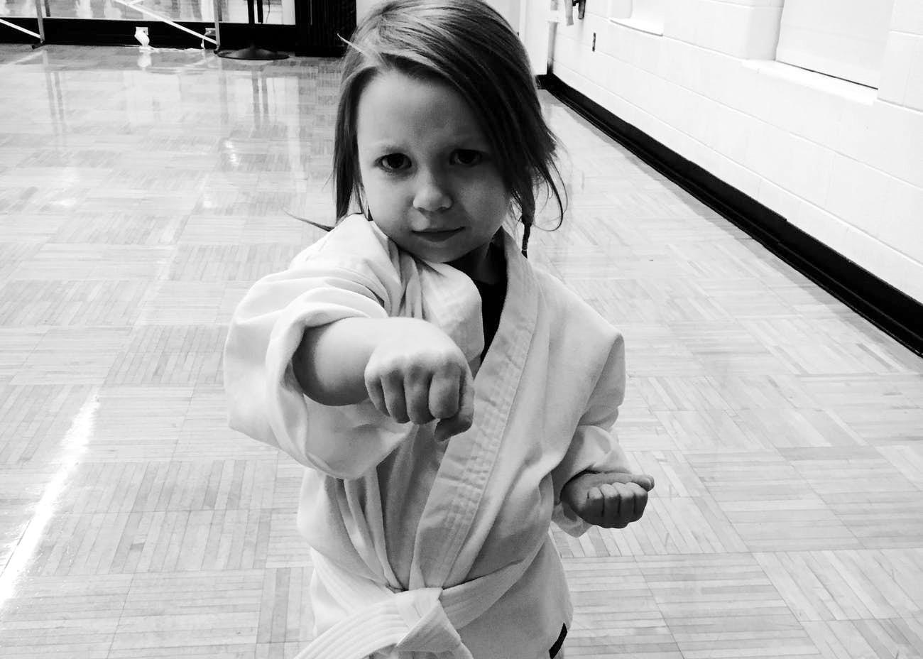 Bambina Karateka